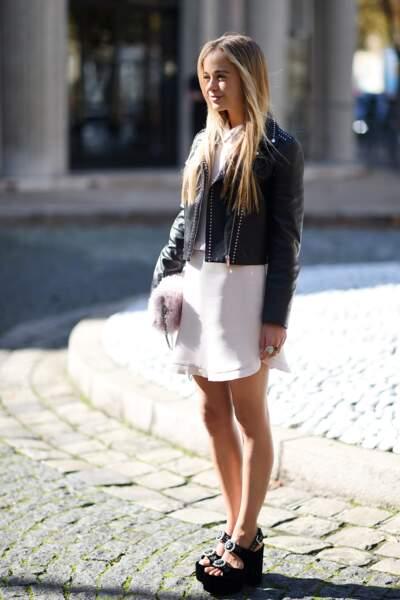 "Lady Amelia Windsor au défilé de mode printemps-été 2018 ""Miu Miu"" à Paris."