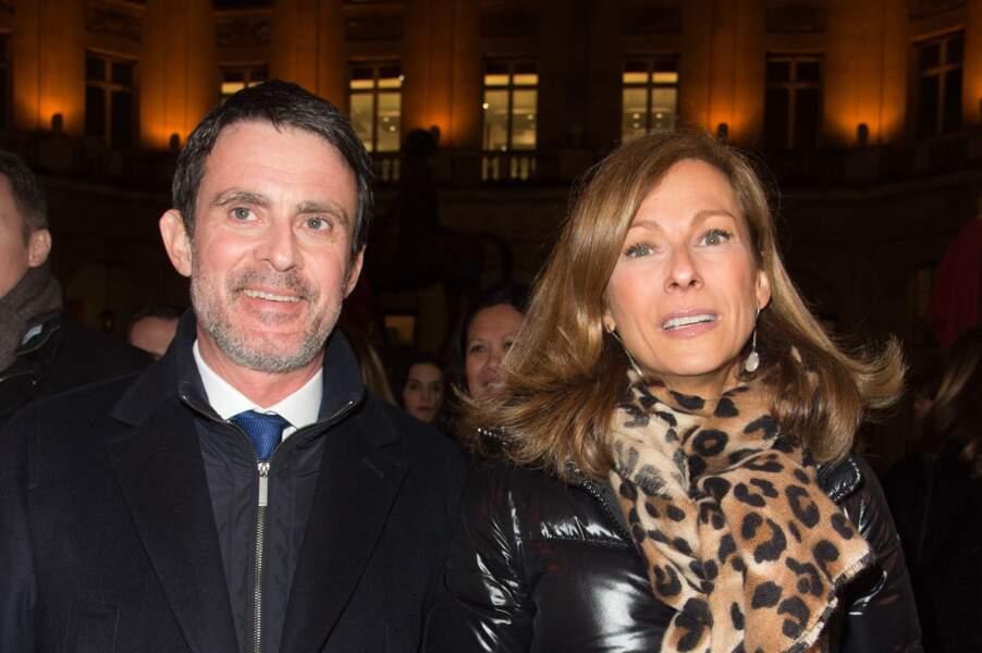 Manuel Valls a confirmé sa rupture d'avec la musicienne Anne Gravoin ce mercredi 18 avril.