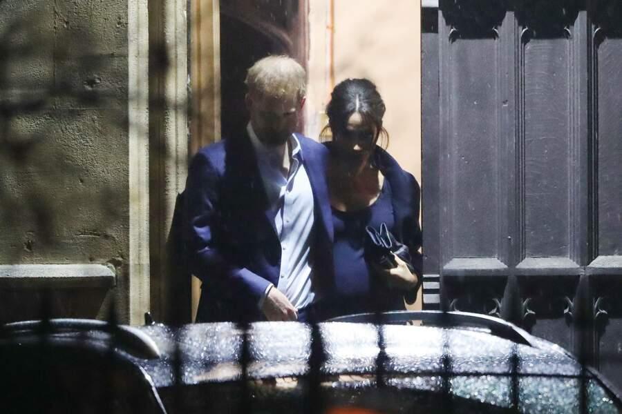 Durant l'office, l'épouse du prince Harry a récité le poème Our Deepest Fear de Marianne Williamson