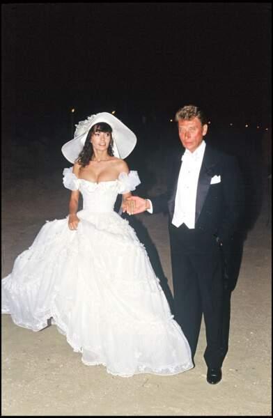 Adeline et Johnny Hallyday le jour de leur mariage à Ramatuelle le 9 juillet 1990