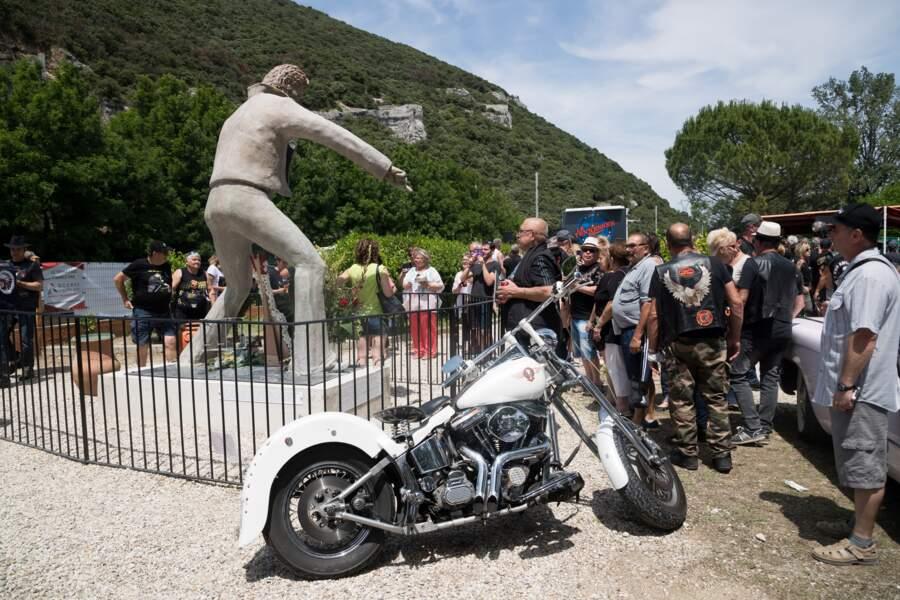 Les 300 donateurs de la statue de Johnny Hallyday auront leur nom inscrits sur le socle