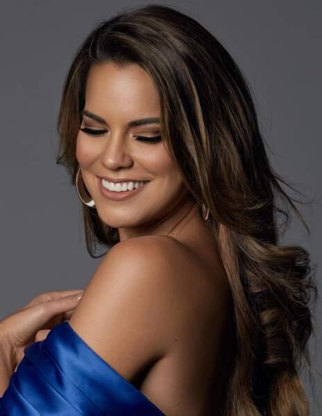 Valeria Piazza, Miss Pérou