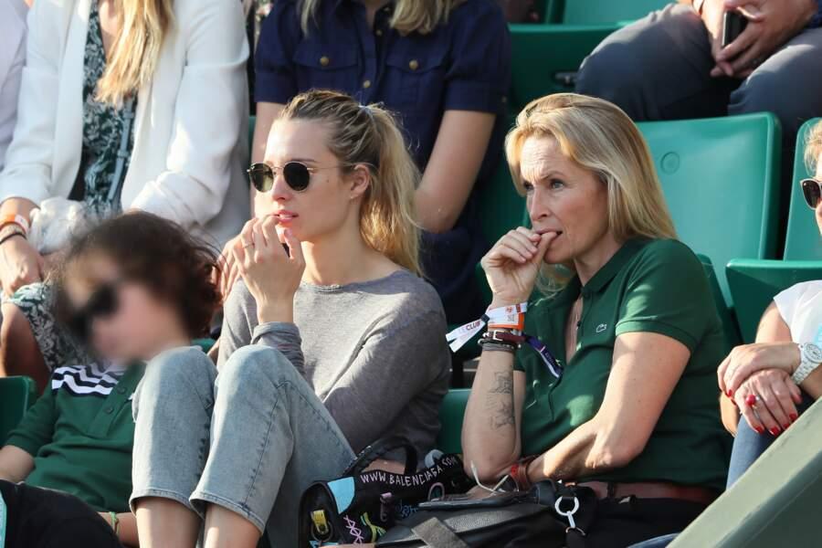 La petite famille à nouveau concentrée sur le match de Rafael Nadal