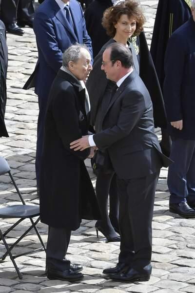 François Hollande salue l'ancien Premier ministre Michel Rocard