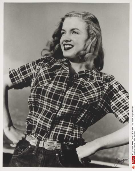 1946, Marilyn Monroe a 20 ans, elle paraît encore bien innnocente