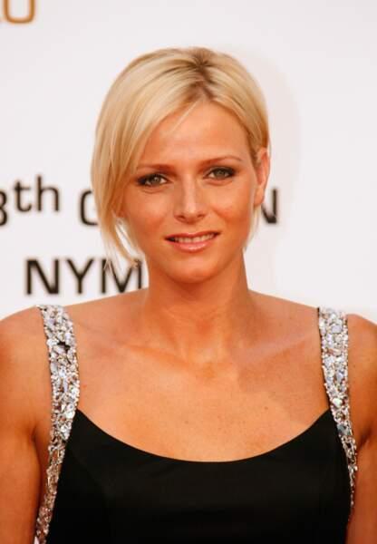 Charlène de Monaco : Mèches coiffées décoiffées lors de la 48e édition des Monte-Carlo Television Awards