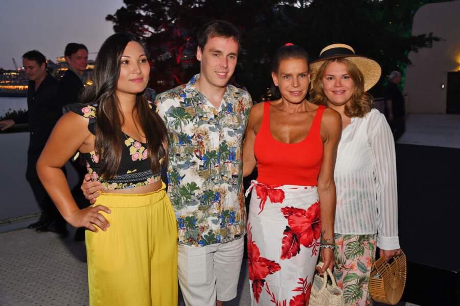 Stéphanie de Monaco avec Camille, Louis et Marie Chevallier lors de la soirée Fight Aids Monaco le 13 juillet 2019
