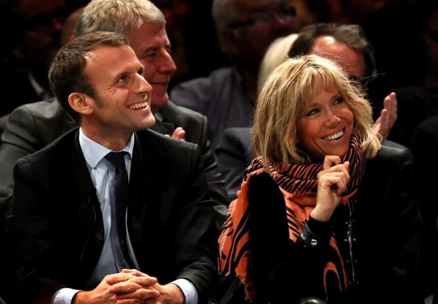 """Emmanuel Macron, chef du mouvement """"En Marche"""" tient son troisième et dernier meeting, le 18 octobre 2016."""