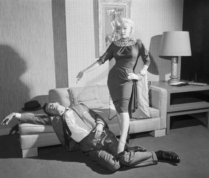 Marilyn Monroe dans Les hommes préfèrent les blondes en 1953 ou l'art de porter le léopard en petites touches