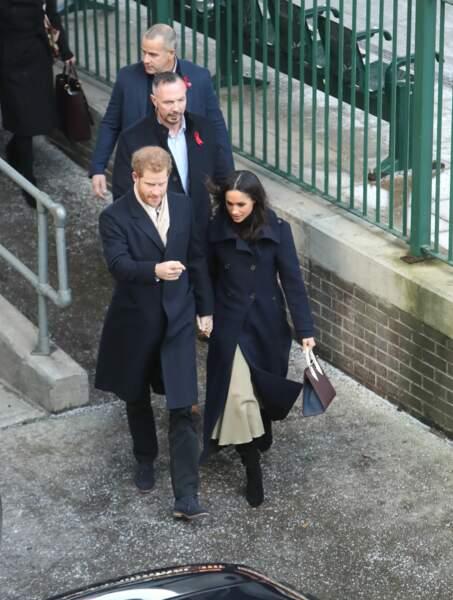 Le prince Harry et sa fiancée, Meghan Markle, ont fait leur première sortie officielle à Nottingham