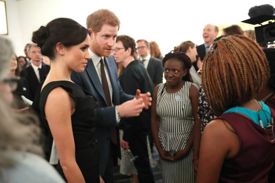 Le prince Harry et Meghan Markle lors d'une réception à la Royal Aeronautical Society de Londres, le 19 avril 2018