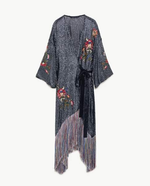 Kimono à franges, Zara, 69,95 € (zara.com).