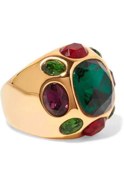 Bague en plaqué or et cristaux, Kenneth Jay Lane, 105€