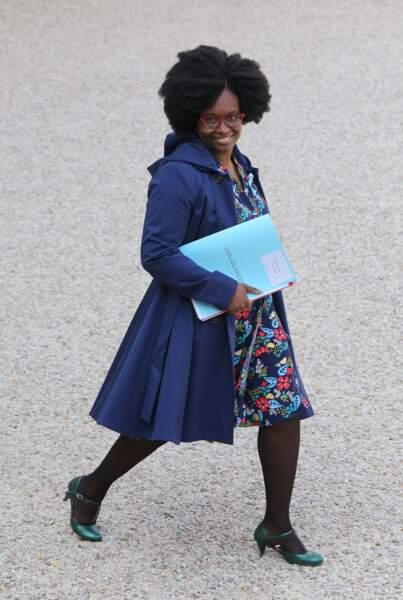 Sibeth Ndiaye porte également ses propres créations, puisqu'elle pratique la couture comme loisir