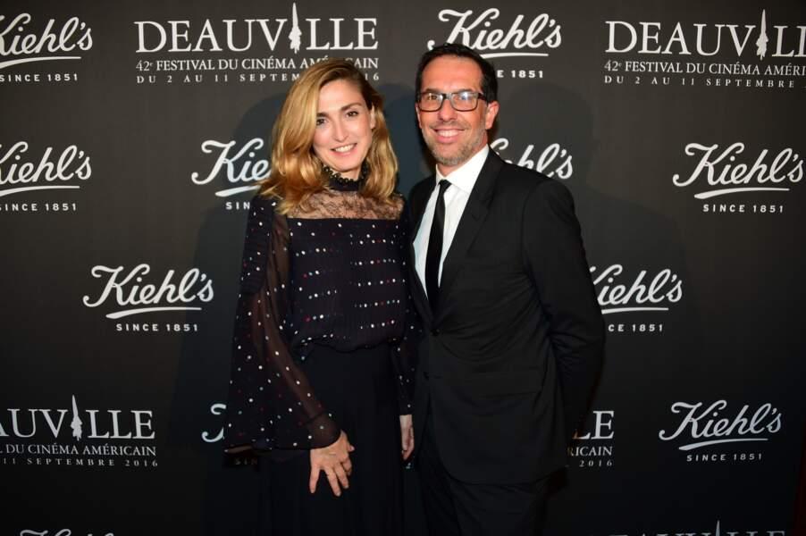 Julie Gayet et Nicolas Hiéronimus (Vice-Président Directeur Général des divisions sélectives L'Oreal)