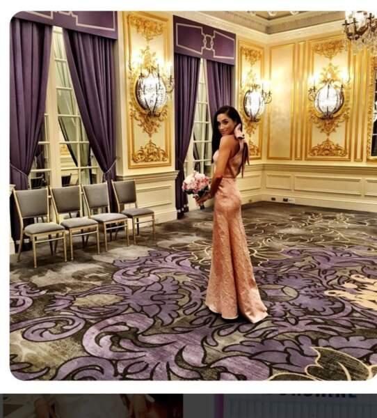 Une silhouette de princesse pour le mariage d'une de ses amies