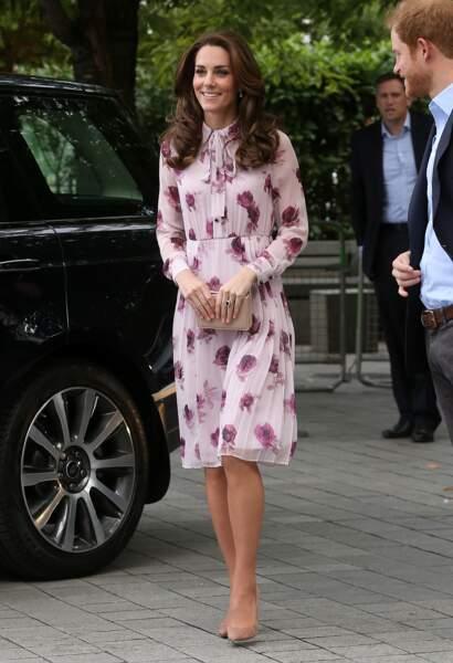 Kate Middleton arrive au London Eye à l'occasion de la journée mondiale de la santé mentale, le 10 octobre 2016