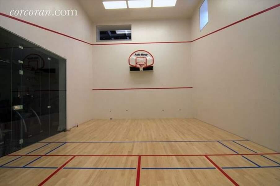 terrain de squash et de basket