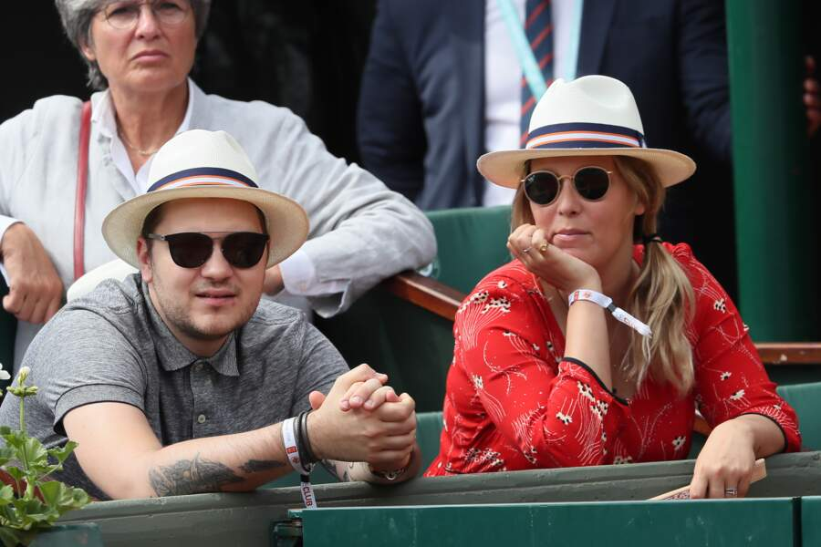 Jeff Panacloc et sa femme Charlotte de Hugo dans les tribunes de Roland Garros le 30 mai 2018