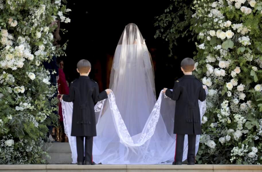 Meghan Markle arrive à la chapelle St. George au château de Windsor, Royaume Uni, le 19 mai 2018.
