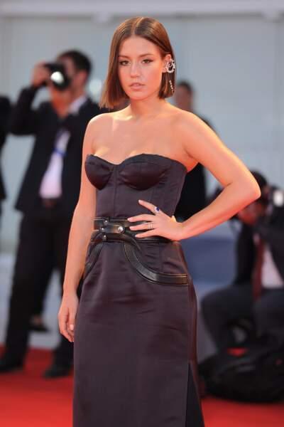 Adèle Exarchopoulos ou la version courte et ultra sexy du side hair