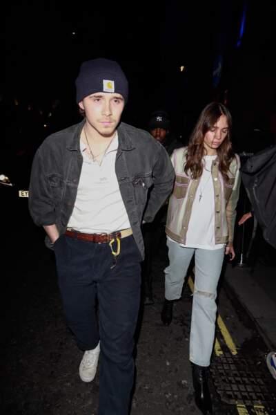 Brooklyn Beckham et Hana Cross lors de la soirée de lancement d'une gamme de maquillage de la marque Pat McGrath.