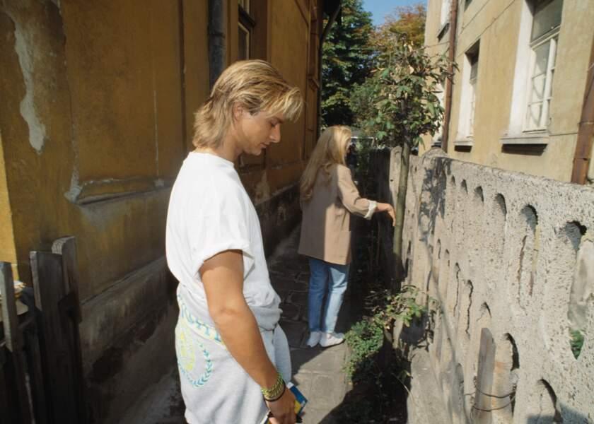 David Hallyday et Sylvie Vartan lors d'un voyage en Bulgarie en 1990
