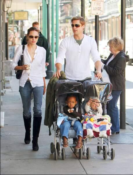 Brad Pitt, Angelina Jolie,  Zahara et Shiloh à la Nouvelle Orleans en 2007