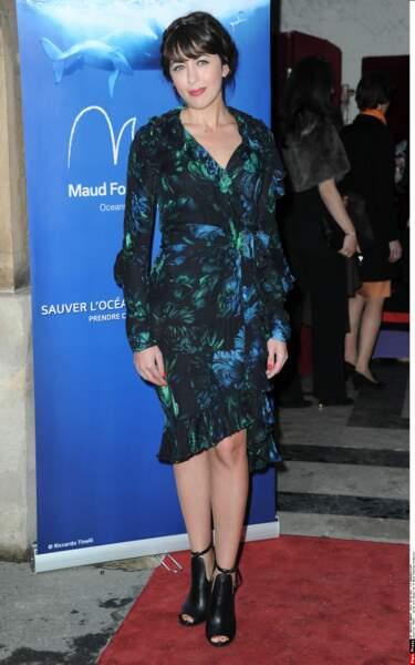 """2013: sirène glamour, portée par le succès de """"Ô filles de l'eau"""", elle soutient la fondation Maud Fontenoy"""