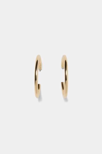Créoles dorées, 9,95 €, Zara.
