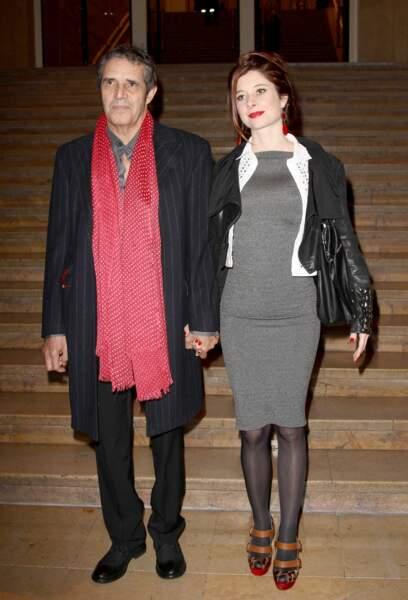 Julien Clerc et Hélène Grémillon sont mariés depuis décembre 2012. Ils sont un fils, Léonard