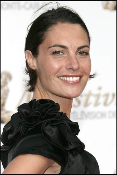 Alessandra Sublet et ses cheveux courts plaqués, au festival de television de Monte Carlo, en 2009