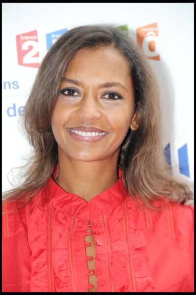 2008 : Karine Le Marchand revient aux cheveux plus longs et le brushing