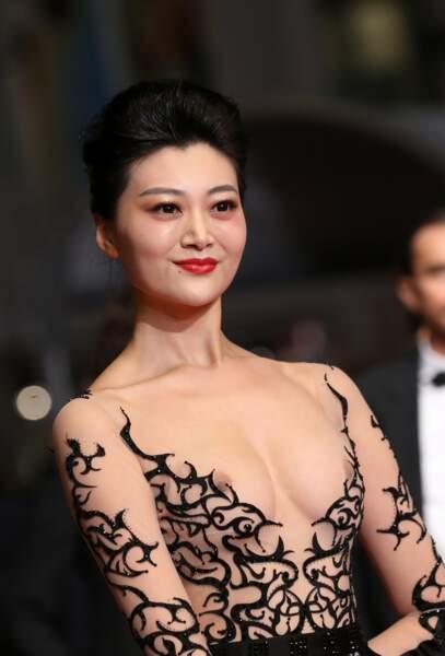 """Une invitée à la projection de """"Leto"""" au festival de Cannes 2018 avait sans doute voulu attirer les projecteurs."""