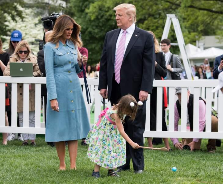 Melania Trump surprend avec des chaussures plates pour la fête de Pâques