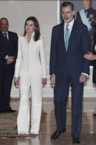 Letizia d'Espagne sublime dans un tailleur blanc immaculé
