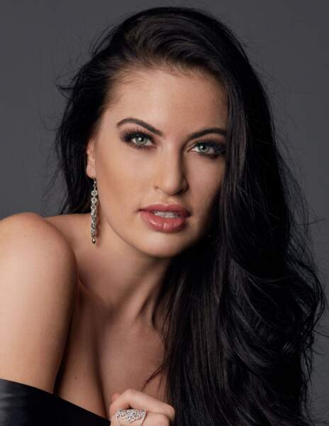 Siera Bearchell, Miss Canada