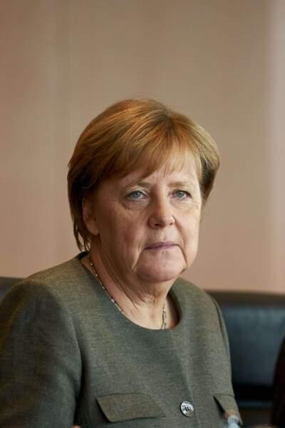 Angela Merkel pourrait estomper son visage sévère en redonnant du volume à ses pommettes