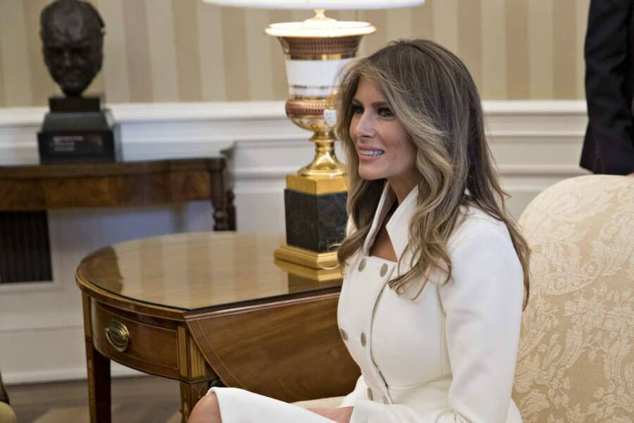 Melania Trump était très élégante dans son tailleur blanc