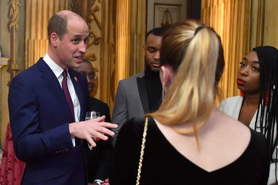 Le prince William s'est rasé le haut du crâne et cela a été très commenté