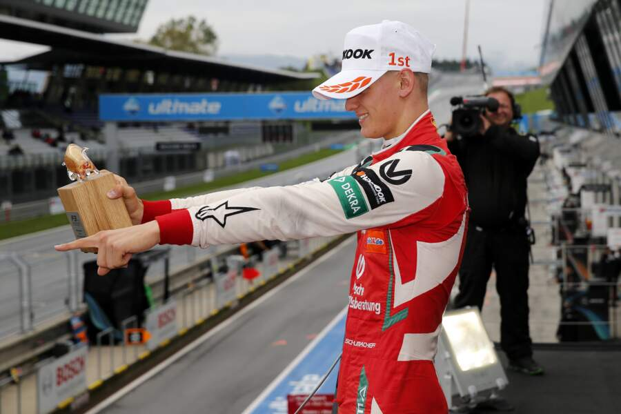 Mick Schumacher lors de la remise de prix du grand prix de Formule 3 de Spielberg en Autriche le 23 septembre 2018