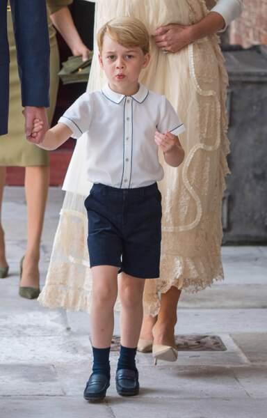 Le Prince George sur son 31 pour le baptême du Prince Louis