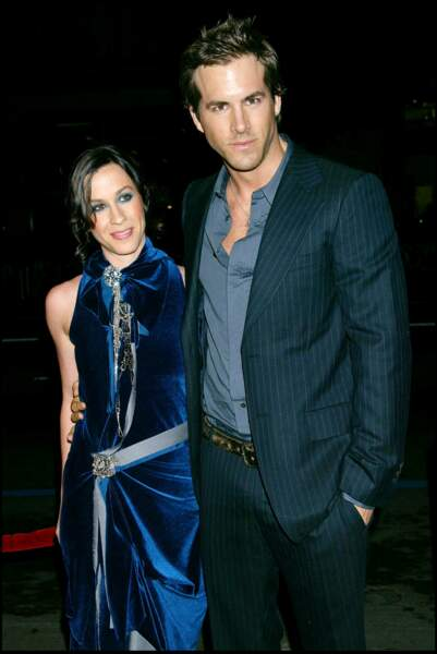 Alanis Morissette et Ryan Reynolds à Los Angeles en 2004