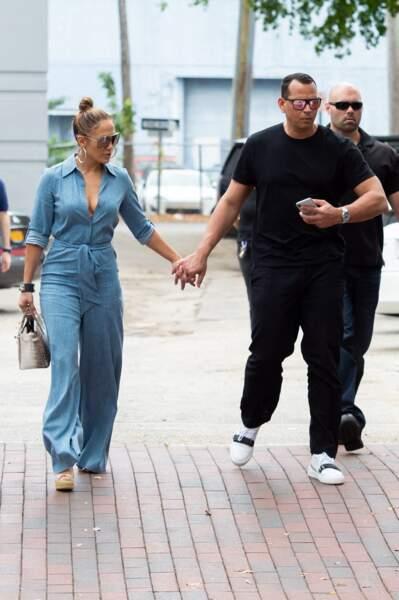 Jennifer Lopez et Alex Rodriguez, à Miami, le 20 avril 2019.