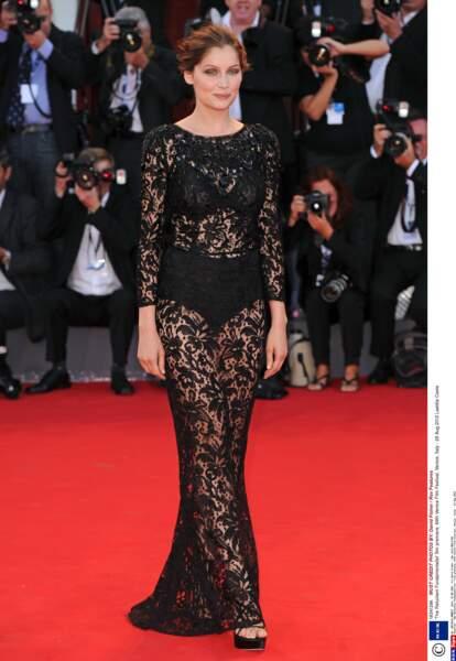 Laetitia Casta à Cannes en 2012, vouait déjà une vraie passion aux tenues transparentes qui subliment sa silhouette