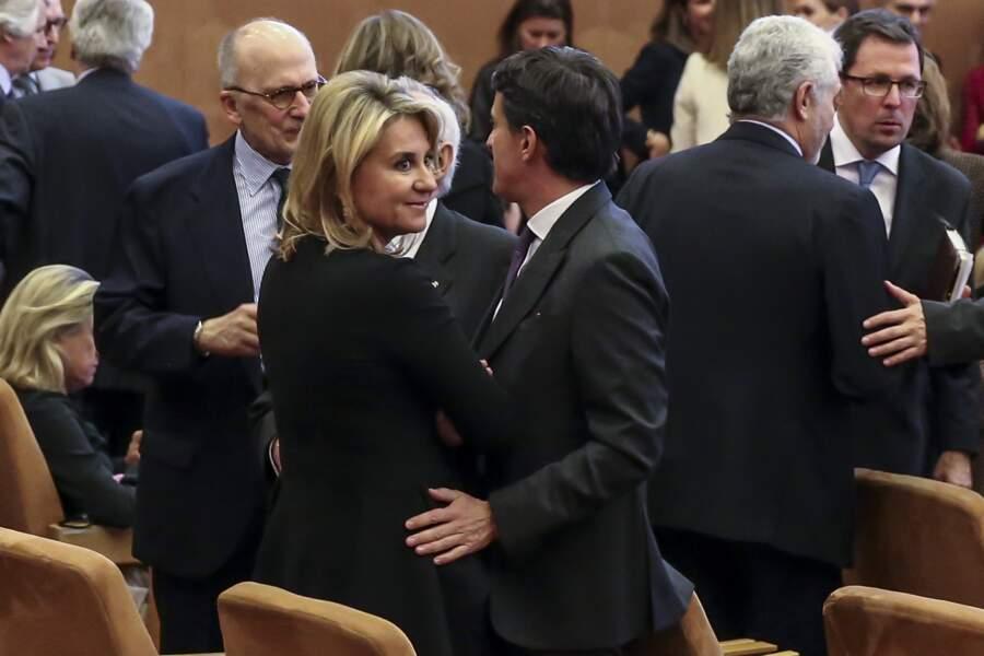 """Manuel Valls très proche de sa compagne Susana Gallardo lors d""""une soirée en Espagne"""