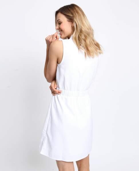 Découvrez cette robe blanche sans manches signée Pimkie pour 25,99 €
