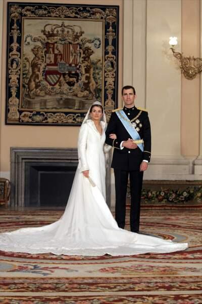 Mariage du prince Felipe d'Espagne et de Letizia Ortiz (en robe Manuel Pertegaz) le 22 mai 2004 à Madrid