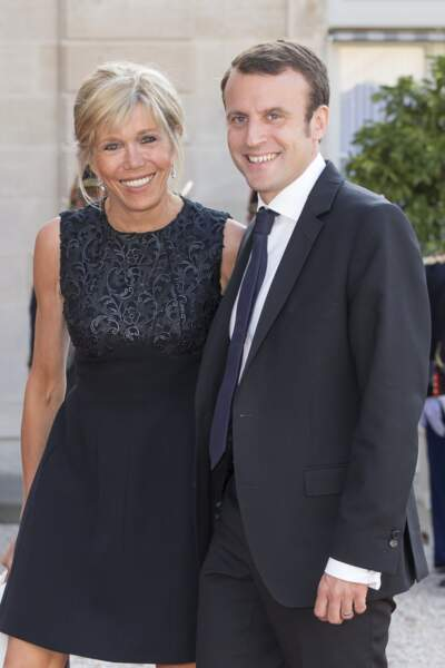 Emmanuel et Brigitte Macron au palais de l'Elysée, à Paris, le 2 juin 2015.