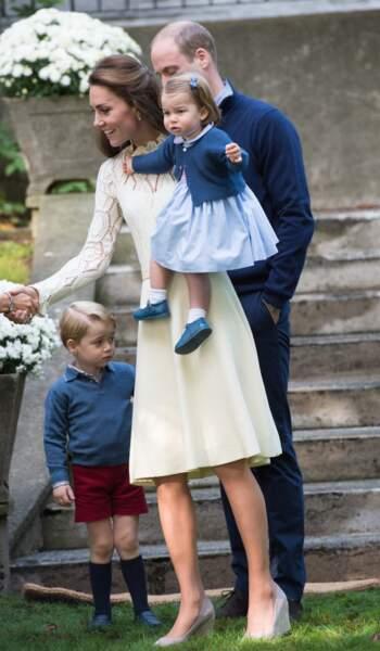 Princesse Charlotte dans sa robe Pepa & Co